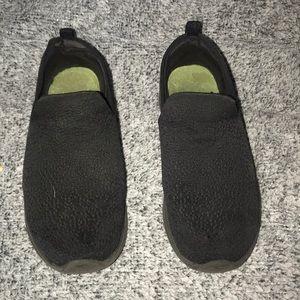 Black sketcher shoes